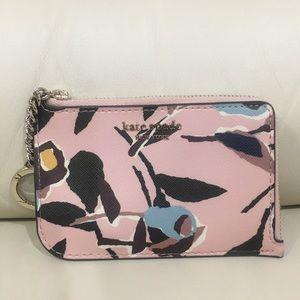 HP🎉 NWOT Kate Spade Pink Keychain Wallet